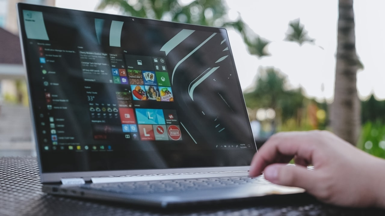 Lenovo Yoga C930 Review It Could Have Been The Best Gadgetmatch